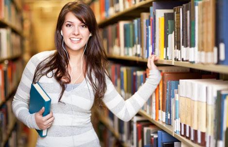 Fundamentos de Economía carrera de Ingeniería en Sistemas